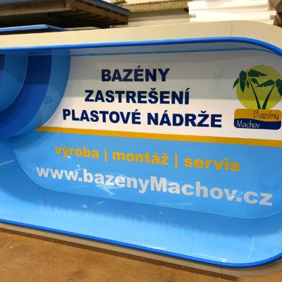 Bazény Machov